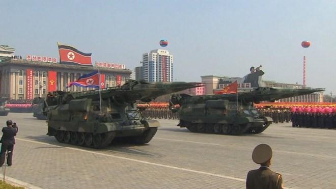 Pékin dénonce de nouvelles sanctions américaines contre la Chine et la Russie - ảnh 1