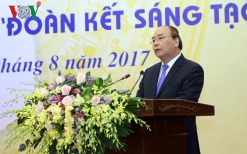 Publication du livre d'or sur la créativité du Vietnam en 2017 - ảnh 1