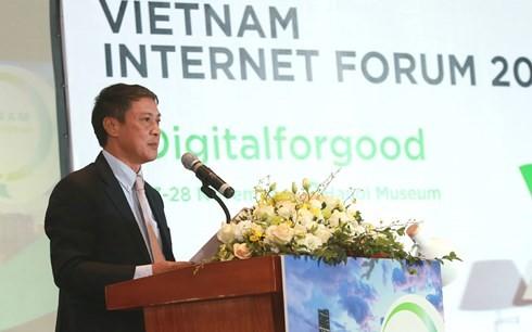 Ouverture du forum internet Vietnam 2017 - ảnh 1