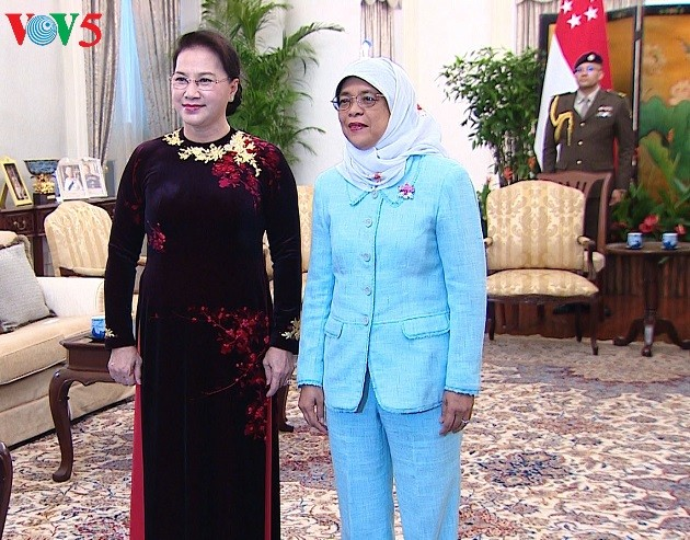 Activités de la présidente de l'AN Nguyên Thi Kim Ngân à Singapour - ảnh 1