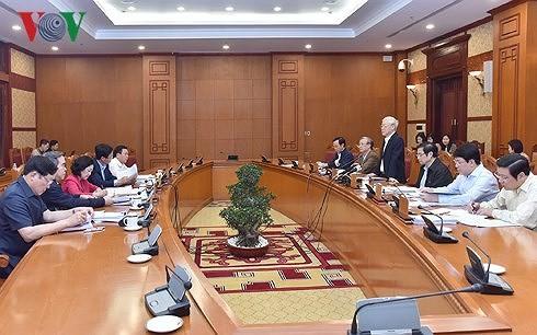 Le bureau politique se prépare au 7e plénum du CC du Parti - ảnh 1