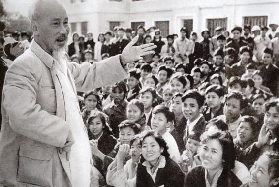 La formation des cadres dans la pensée Hô Chi Minh - ảnh 1