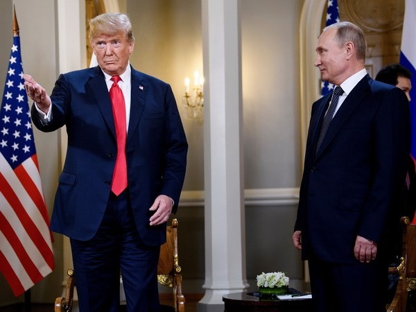 """Donald Trump dit avoir eu des échanges """"bien meilleurs"""" avec Vladimir Poutine qu'avec l'Otan - ảnh 1"""