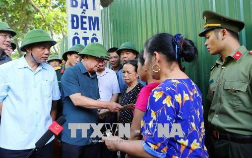 Éboulement de terrain à Hoa Binh: Trinh Dinh Dung sur place - ảnh 1