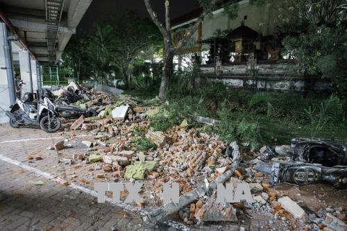 Indonésie: après le séisme sur l'île de Lombok, recherches et évacuations - ảnh 1