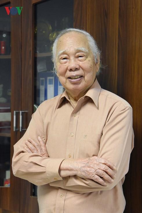 Phan Quang - 90 ans de vie, 70 ans de carrière - ảnh 2