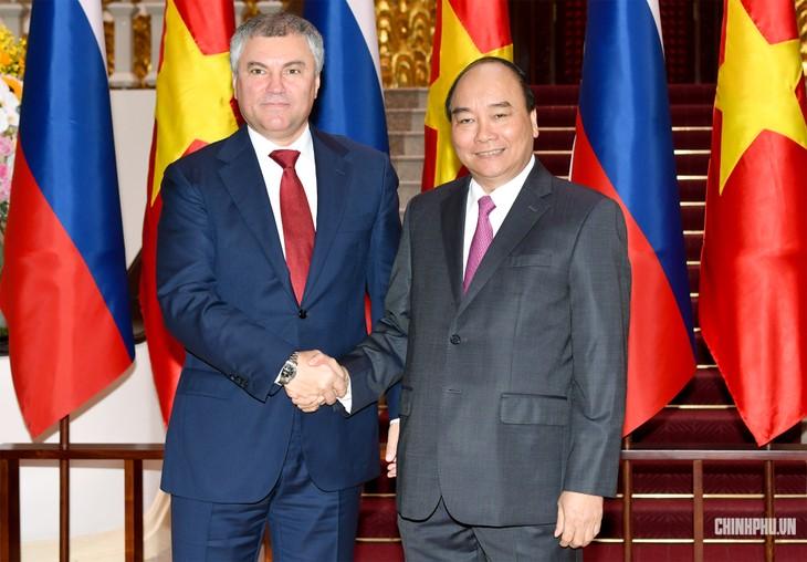 Le président de la Douma d'État russe reçu par Nguyên Xuân Phuc - ảnh 1