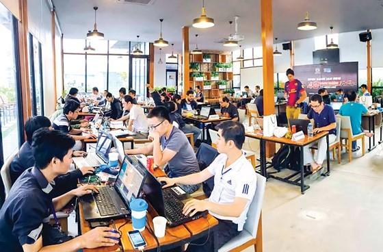 Les startups et les grands groupes se cherchent - ảnh 1