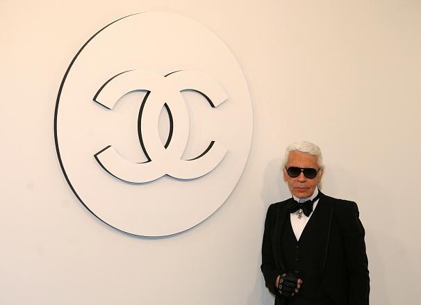 Lunettes noires sur la mode: Karl Lagerfeld est mort - ảnh 3