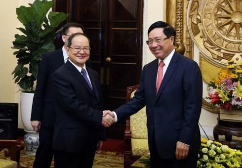 Pham Binh Minh reçoit Lu Xinshe - ảnh 1