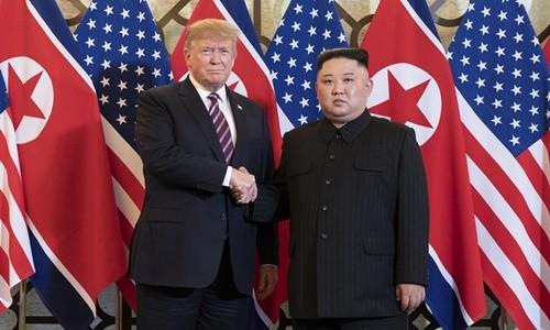 Donald Trump se justifie sur l'annulation des sanctions - ảnh 1