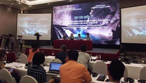 Conférence de presse sur la nouvelle plongée dans la rivière souterraine de Son Doong - ảnh 1