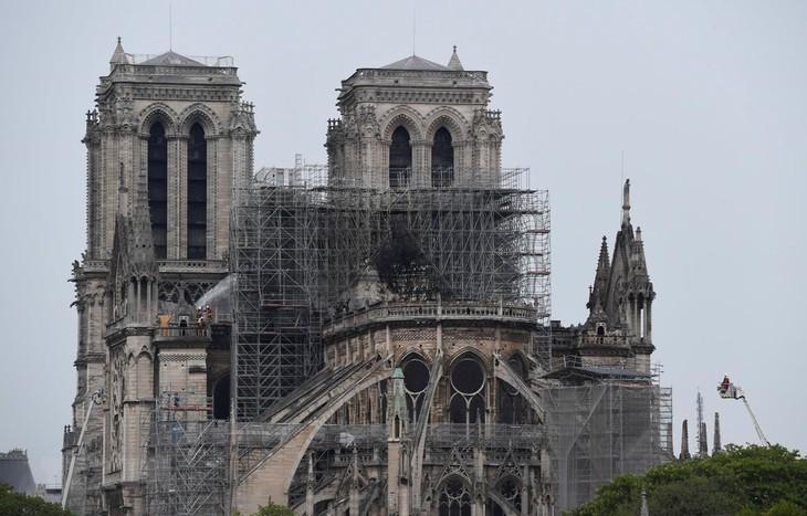 Incendie de Notre-Dame de Paris : pas de preuve d'acte volontaire  - ảnh 1