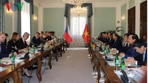 Déclaration commune Vietnam-République tchèque - ảnh 1