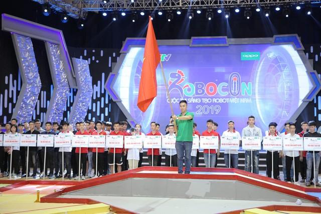 Coup d'envoi de la finale du concours de robots Vietnam 2019 - ảnh 1