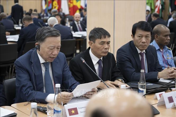 Le Vietnam à la conférence des dirigeants en charge de la sécurité en Russie - ảnh 1