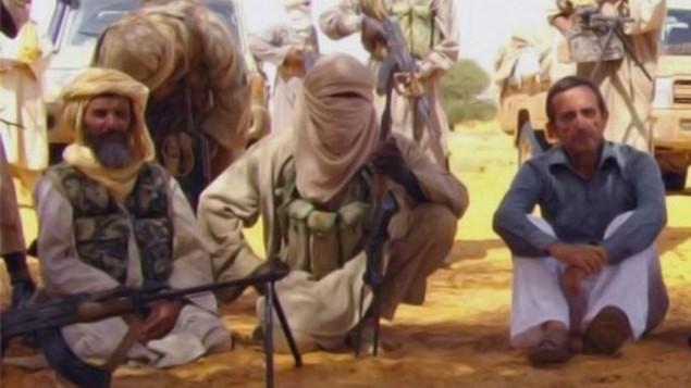 «Аль-Каида» опубликовала видео с 6-ю живыми заложниками из западных стран  - ảnh 1