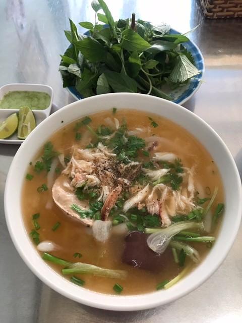 «Бань-кань-ге» - знаковое блюдо вьетнамского морского города Вунгтау - ảnh 2