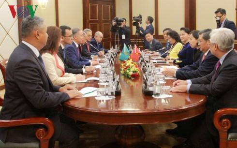Нгуен Тхи Ким Нган провела переговоры с председателем Мажилиса Казахстана - ảnh 1