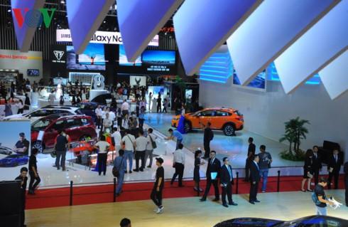 В Хошимине открылась международная автомобильная выставка  - ảnh 1