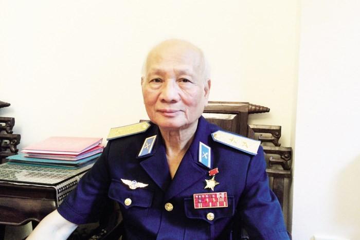 """О генерал-лейтенанте Нгуен Ван Фиете, сбившем """"летающую крепость"""" Б52 в небе над Ханоем - ảnh 1"""