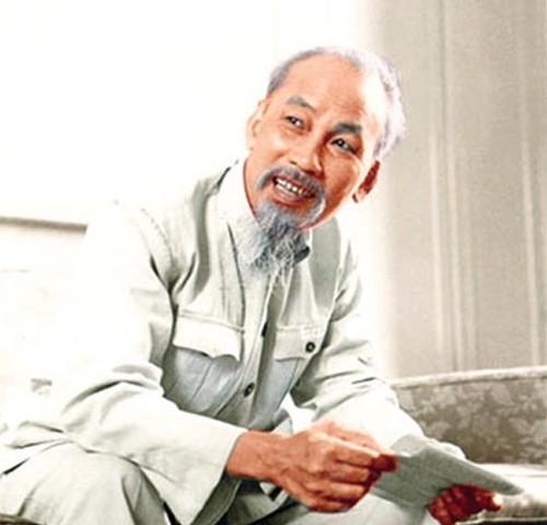 Хо Ши Мин - скромный революционер, посвятивший всю свою жизнь служению Родине и народу - ảnh 1