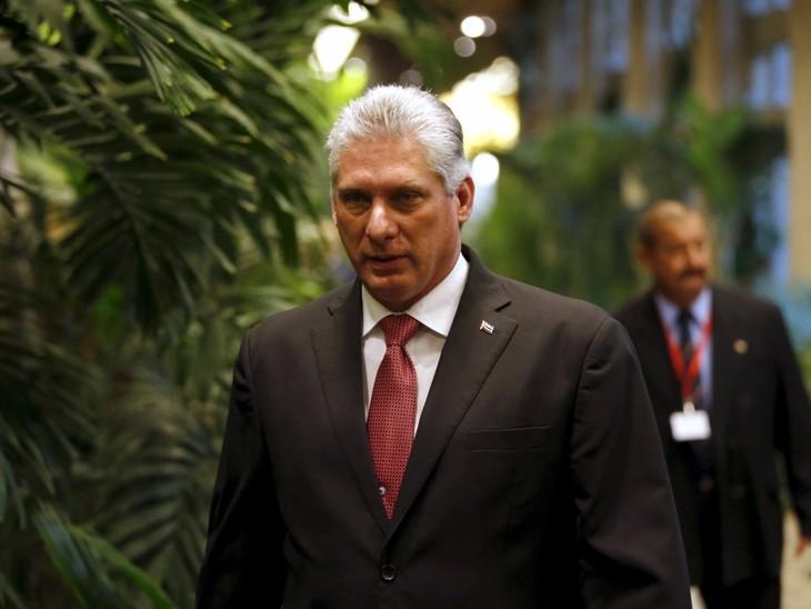 Председатель Госсовета Кубы принял сенатора США - ảnh 1