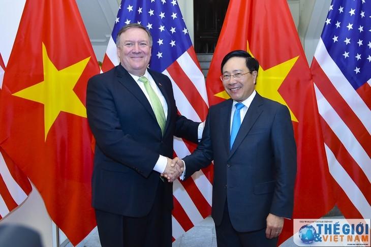Фам Бинь Минь провел переговоры с госсекретарем США Майклом Помпео - ảnh 1