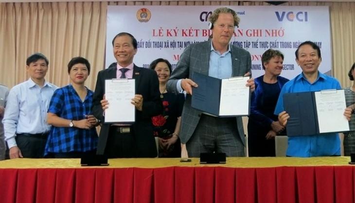 Активизация общественного диалога в текстильно-швейной отрасли Вьетнама - ảnh 1