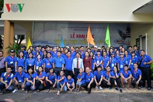 В Хошимине открылся летний лагерь вьетнамских молодых эмигрантов 2018 - ảnh 1