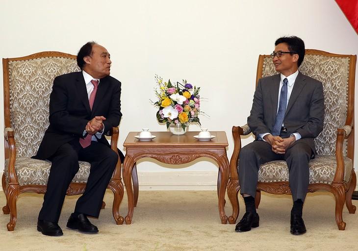 Вице-премьер Ву Дык Дам принял гендиректора Международного союза электросвязи - ảnh 1