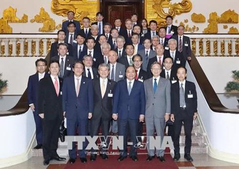 Нгуен Суан Фук принял руководителей Федерации экономических организаций Японии «Кэйданрэн» - ảnh 1