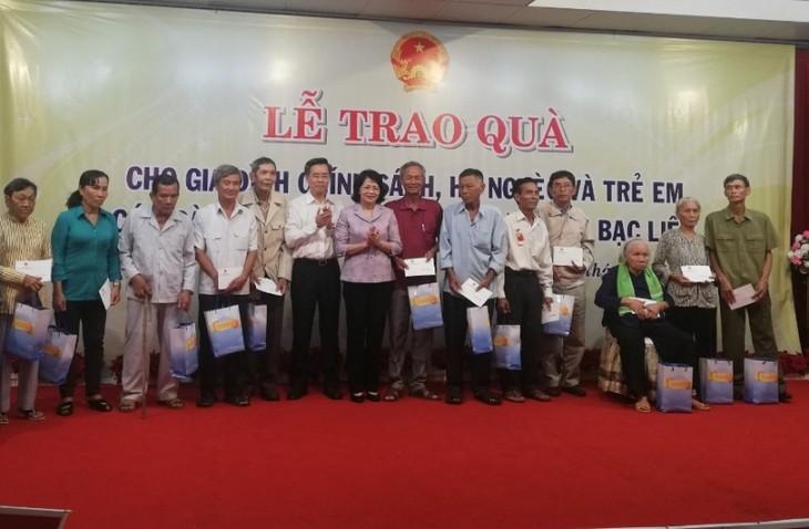 В провинции Баклиеу с рабочим визитом находилась вице-президент СРВ Данг Тхи Нгок Тхинь - ảnh 1