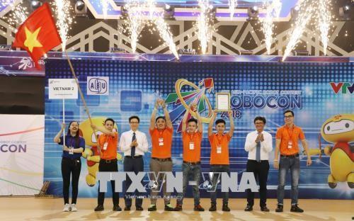 Вьетнам стал чемпионом конкурса роботов «Robocon» в Азиатско-Тихоокеанском регионе 2018 - ảnh 1