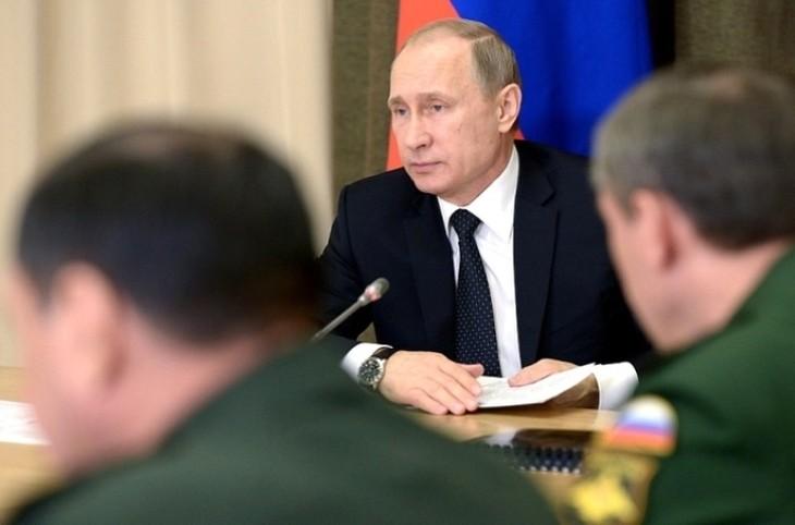 Путин назвал крушение Ил-20 трагической случайностью - ảnh 1