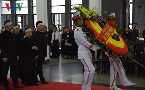 Жители всей страны выражают соболезнования в связи с кончиной президента Чан Дай Куанга - ảnh 1