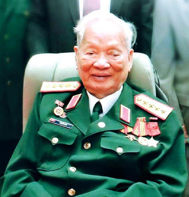 О бывшем президенте СРВ Ле Дык Ане и его вкладе в укрепление дружбы между Вьетнамом и соседними странами - ảnh 1