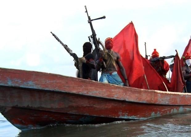 Рост пиратства делает моря у Западной Африки самыми опасными в мире для судоходства - ảnh 1