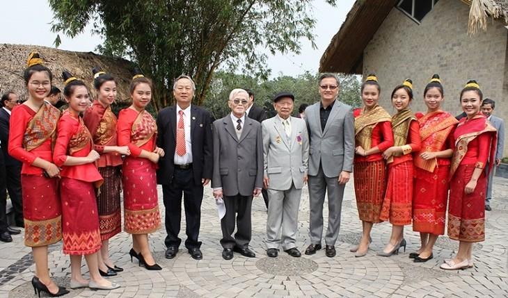 베트남 - 라오스 우정 만남 - ảnh 2