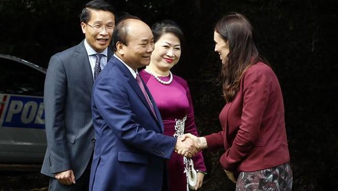 재신다 아던 뉴질랜드 총리: 베트남은 뉴질랜드의  중요 파트너이며 전략 파트너 - ảnh 1