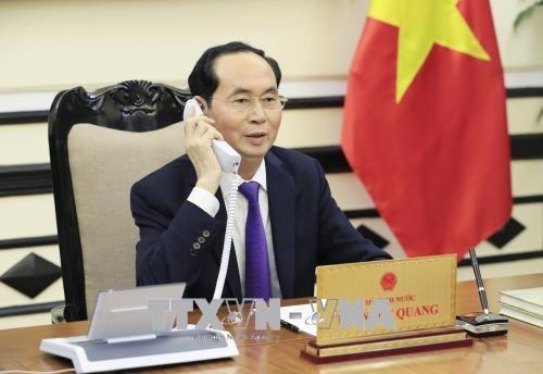 Tran Dai Quang주석,  V.Putin 러시아 연방 대통령 전화 담화 - ảnh 1