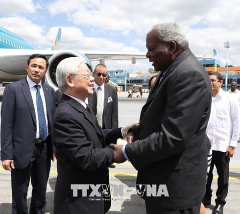 Nguyen Phu Trong 베트남 총서기장, Esteban Lazo Hernándes 쿠바 국회의장 회견 - ảnh 1