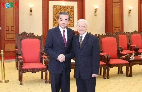 베트남, 중국과의 형제관계, 환한 협력 확대 중요시 - ảnh 2