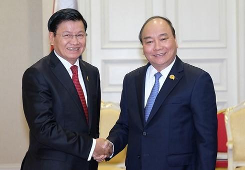 Nguyen Xuan Phuc국무총리와 라우스총리 회담 - ảnh 1