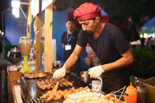 2018 아세안 국가 간  문화통상 교류 행사 개막 - ảnh 2