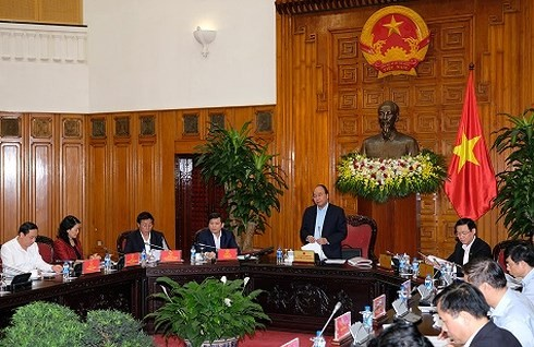 베트남 정부 고위급 관리자, 최고인민검찰원 지도자와 회의 - ảnh 1