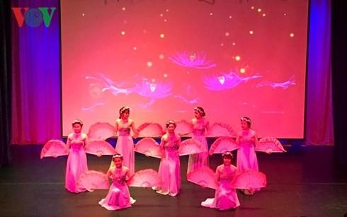 러시아 민족우호대학에서 베트남 문화의 날들 - ảnh 1