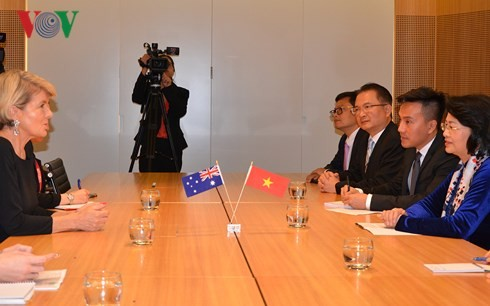 Dang Thi Ngoc Thinh 부주석, 호주 외무장관 회견 - ảnh 1