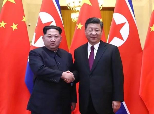 시진핑 중국 국가주석, 김정은 조선민주주의인민공화국 위원장 만나 - ảnh 1