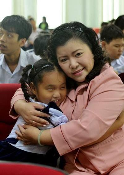 Nguyen Huong Duong씨와 시각 장애인을 위한 음성 도서관 - ảnh 2